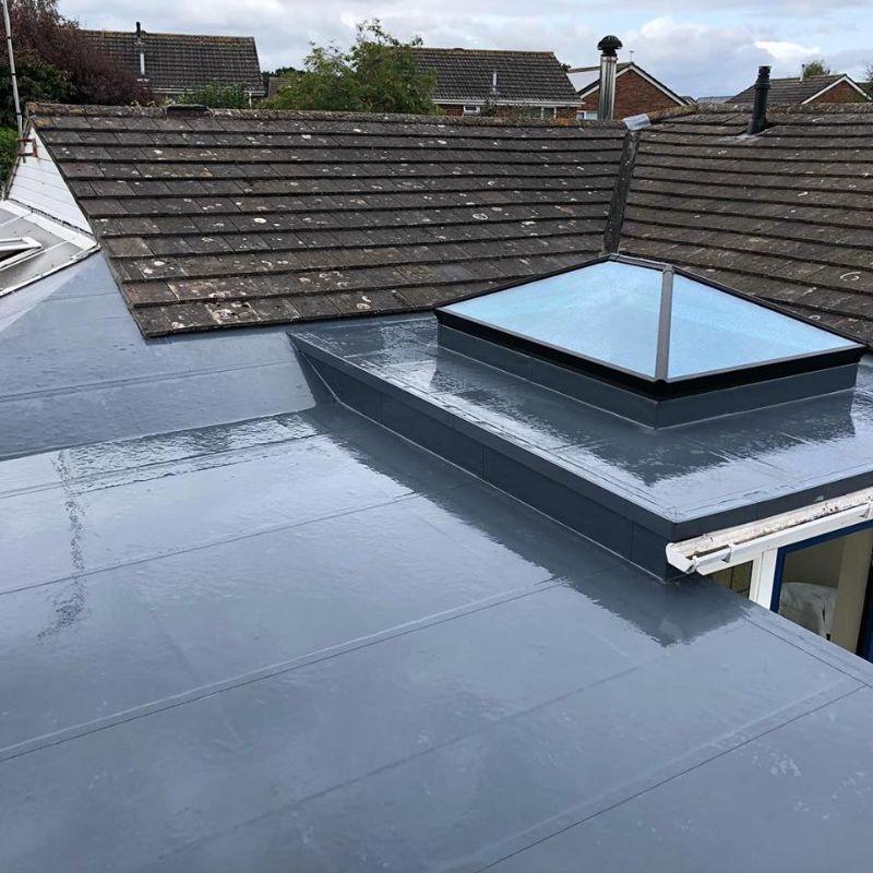 Liquid roof with Lantern